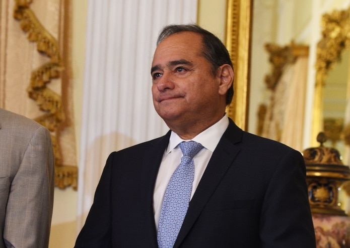 El presidente del Partido Demócrata, Charlie Rodríguez, explicó que la ley provee para volver a suspender el proceso si la cuarentena por coronavirus se extendiera.