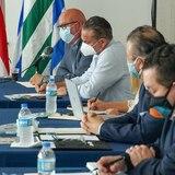 Alcaldes se unen a empresarios en reclamo de abrir la economía