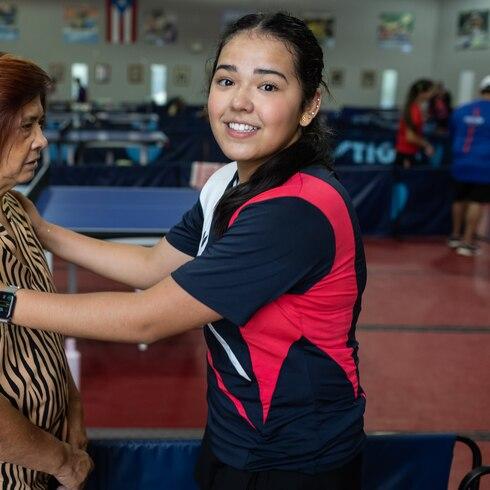 Detrás del éxito del tenis de mesa en Utuado, hay dos abuelas