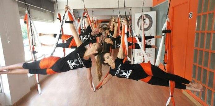 Este método, inspirado por la yoga creativa, tiene tres variantes: aeroyoga (holística), aeropilates (técnica) y aerofitness (aeróbica). (Suministrada)