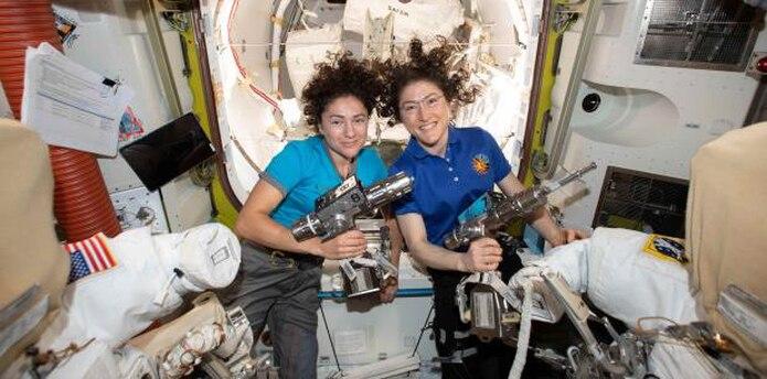La NASA indicó que Koch y Meir saldrán de la escotilla de la EEI a las 11:50 hora GMT del viernes y que sus trabajos en el exterior se extenderán por unas cinco horas y media. (EFE)