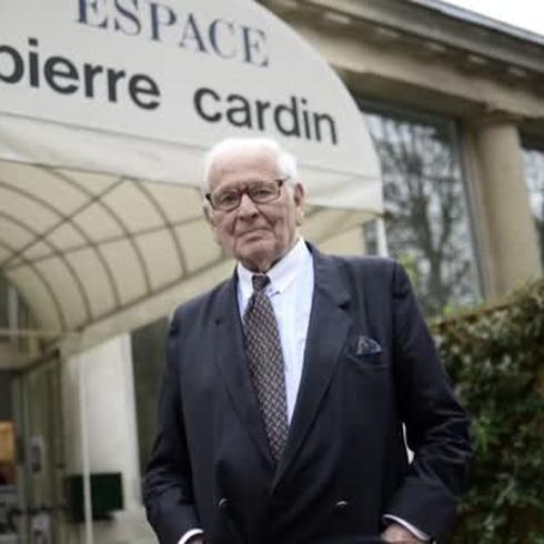 Muere diseñador de moda Pierre Cardin