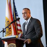Comisionado de la Policía inicia cambios en puestos de liderato