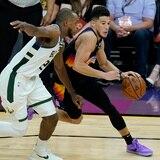 Los Suns se colocaron a mitad del camino hacia el trofeo