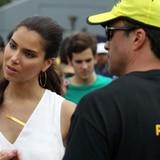Roselyn Sánchez en Pet SOS Food Drive