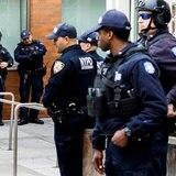 Policías de Nueva York amenazan con demandar si se exige vacuna