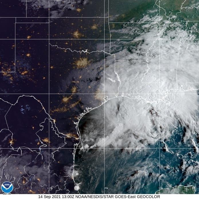 Imagen de satélite de la tormenta tropical Nicholas el 14 de septiembre de 2021.