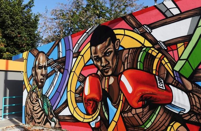 Este es el mural que engalana la entrada del Monterrey Boxing Club.