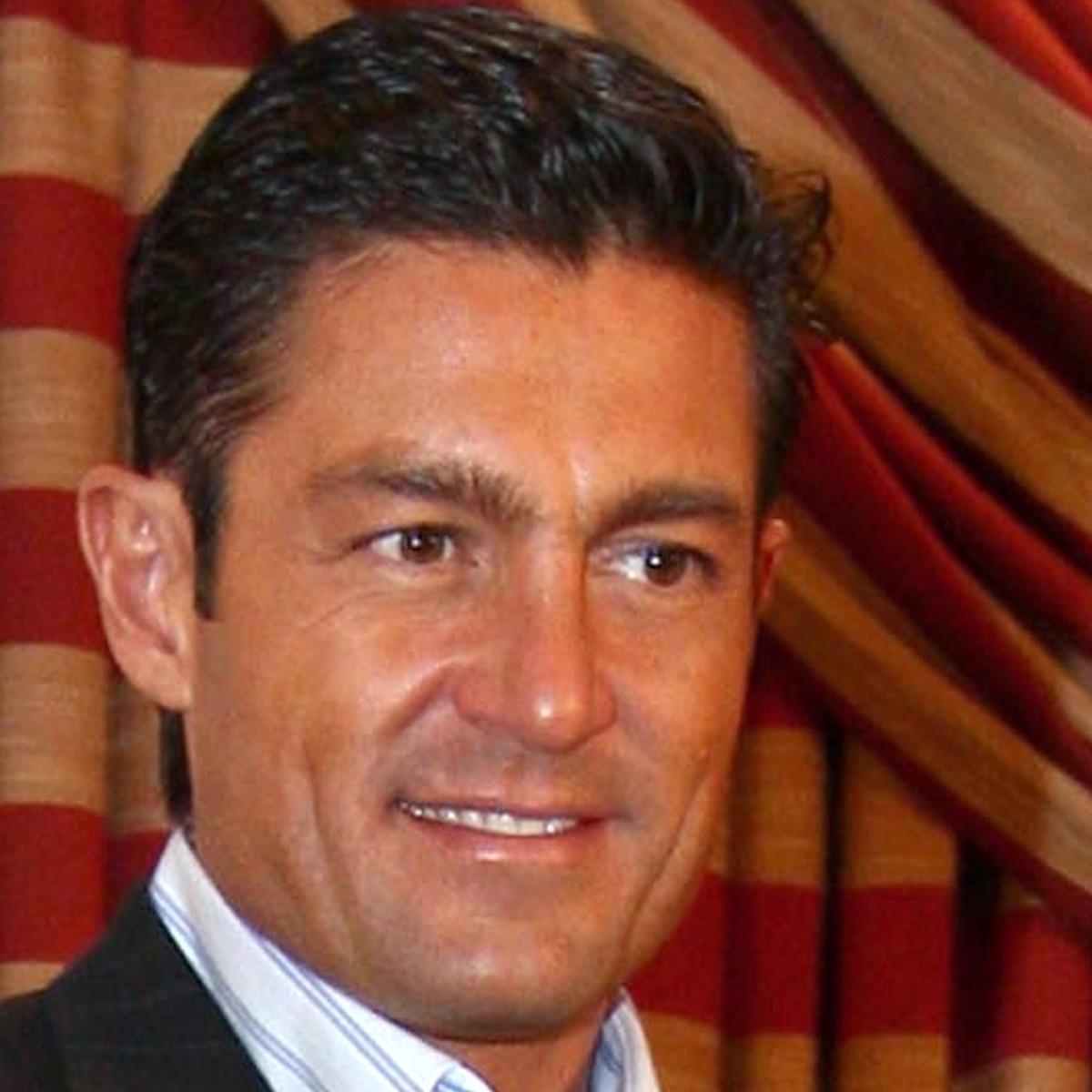 Resultado de imagen de FERNANDO COLUNGA