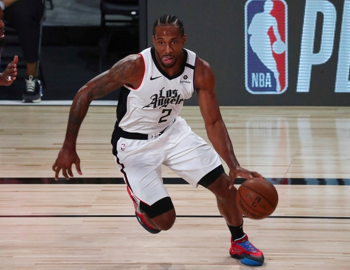 Kawhi Leonard se perdió la primera final de la Conferencia Oeste que han disputado los Clippers debido al desgarre de un ligamento de la rodilla derecha.