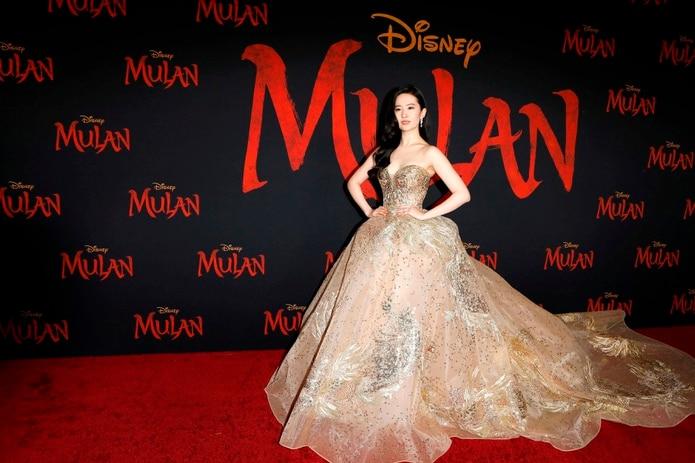 Liu Yifei interpreta a Mulan