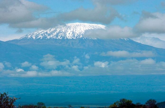 Vista de los glaciares del Monte Kilimanjaro.