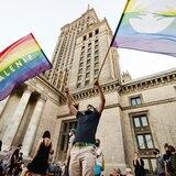 Protestan contra medidas homófobas del gobierno conservador de Polonia
