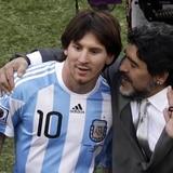 Estrellas del fútbol lloran la muerte de Maradona
