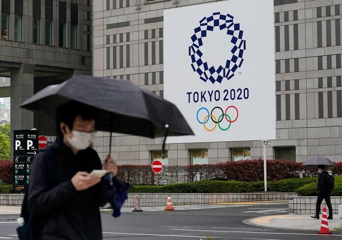 Tokio, Osaka y otras áreas se encuentran en estado de emergencia esta semana y la cifra de muertos por COVID-19 en Japón alcanzó los 10,000.