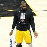 Los Suns están a una victoria de hacer historia contra LeBron James