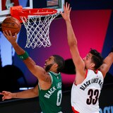 Con 34 puntos de Tatum, Boston resiste ante Portland