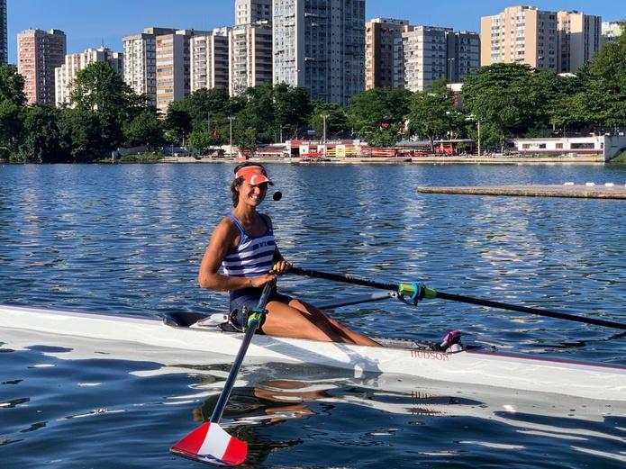 La remera Verónica Toro, primera mujer puertorriqueña en este deporte que consigue una clasificación a las Olimpiadas.
