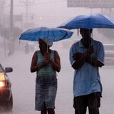 Advertencia de inundaciones para pueblos del oeste