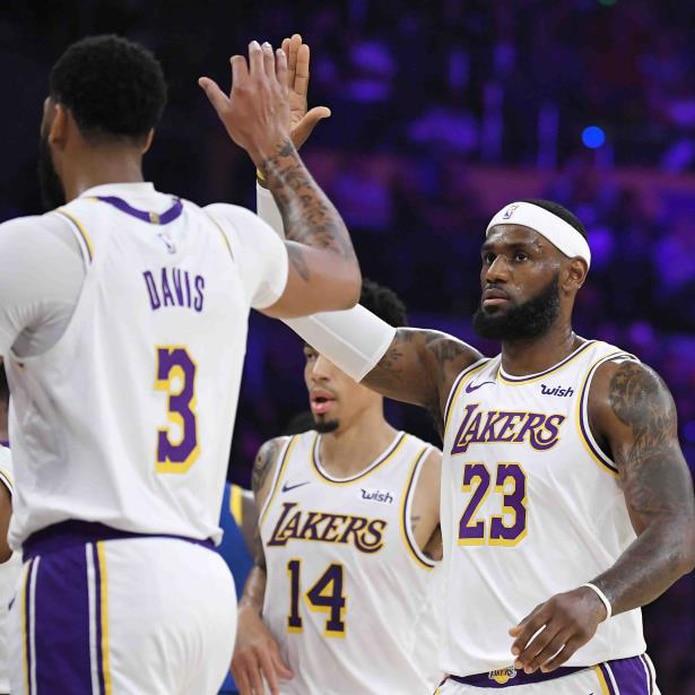 Los Lakers entran a la campaña que inicia este martes esperanzados en un mejor torneo, porque LeBron James tiene ahora de compañía en su equipo a Anthony Davis. (AP)