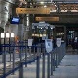 Países prohíben viajes procedentes de Gran Bretaña por nueva cepa de coronavirus