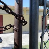 Cámara investigará cierre de escuelas en el oeste