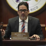 Legislador retira polémica medida sobre ancianos