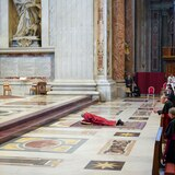 Vaticano amplía hasta el 3 de mayo las medidas contra la pandemia