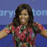 Michelle Obama enloquece la web al dejarse ver con el pelo al natural
