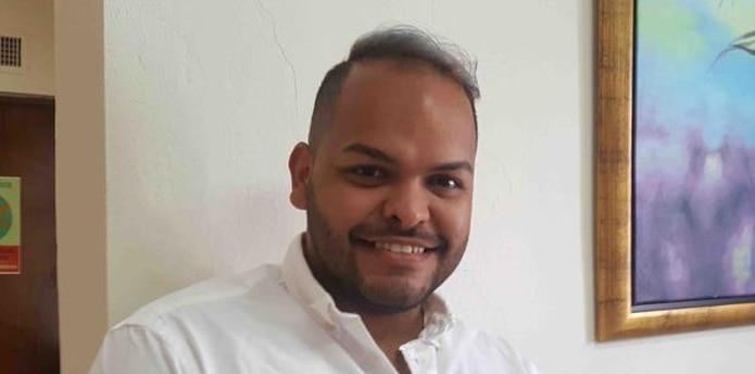 """Alejandro Santiago Calderón, de 30 años, constató que estas """"terapias reparativas"""" ocurren en Puerto Rico y son dirigidas por iglesias. (frances.rosario@gfrmedia.com)"""