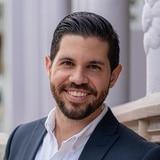 Cuestionan al alcalde de San Germán por contratar empresa que estaría vinculada a Rivera Schatz
