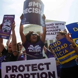 Juez facilita obtener píldora abortiva sin ir a médico