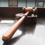 Pautan fecha de juicio contra individuo por disparar a policías