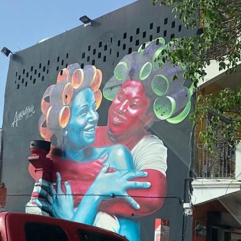 The Art Walk invita a recorrer los murales de la calle Cerra