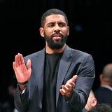 La NBA castiga a Kyrie Ivring por no hablar con la prensa