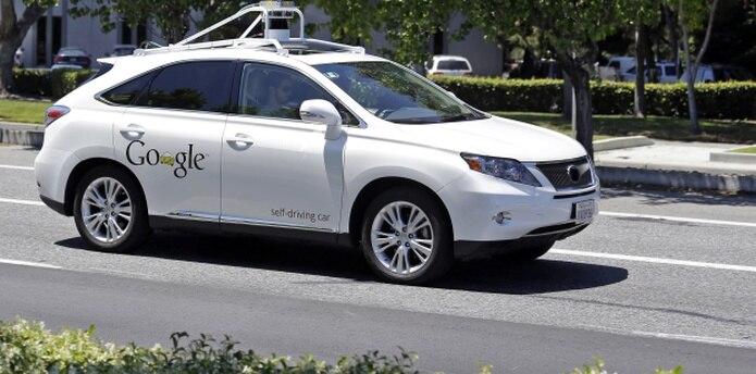 La empresa Google ha construído 23 prototipos de autos sin piloto. (AP)