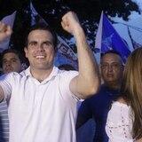 Contralora pide información de las guaguas usadas en campaña de Rosselló