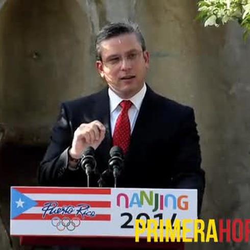 Gobernador abandera delegación boricua de Olimpiadas Juveniles