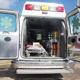 Niño resulta herido al caerle un portón en Guánica