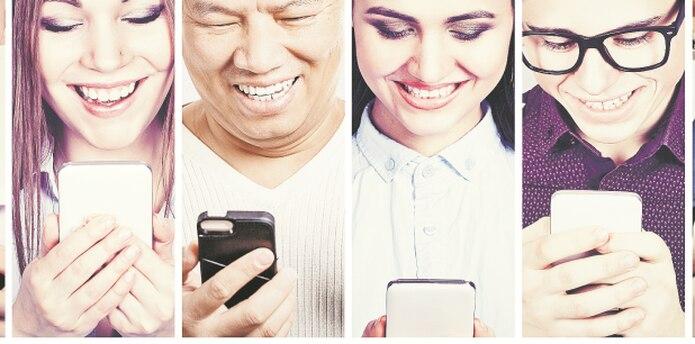 El envío de mensajes, fotos o vídeos de contenido sexual a través de mensajería instantánea, correos electrónicos y otras herramientas tecnológicas, suena divertido para muchas personas. (Archivo)