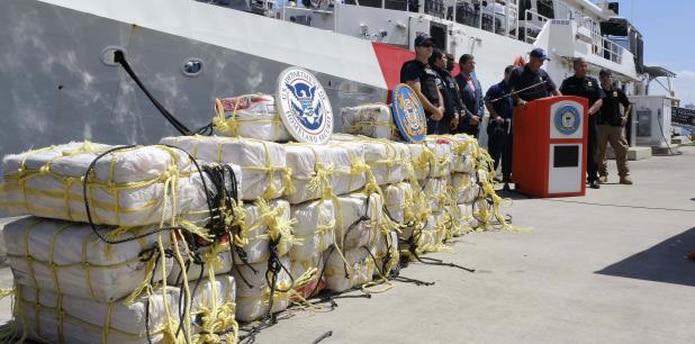 Un grupo de la Guardia Costera interceptó la embarcación con el cargamento en alta mar. (gerald.lopez@gfrmedia.com)