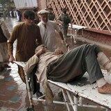 Explosión deja 62 muertos en ataque a mezquita en Afganistán