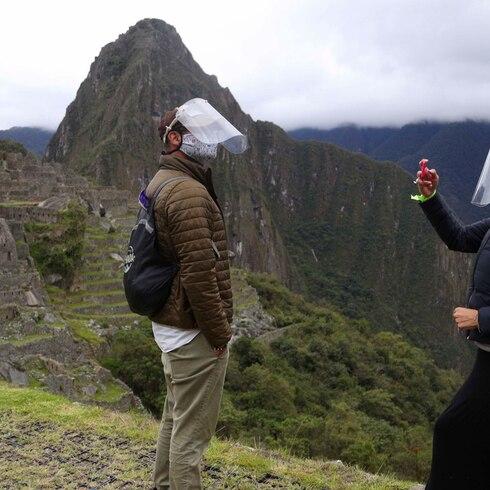 Turistas regresan a Machu Picchu