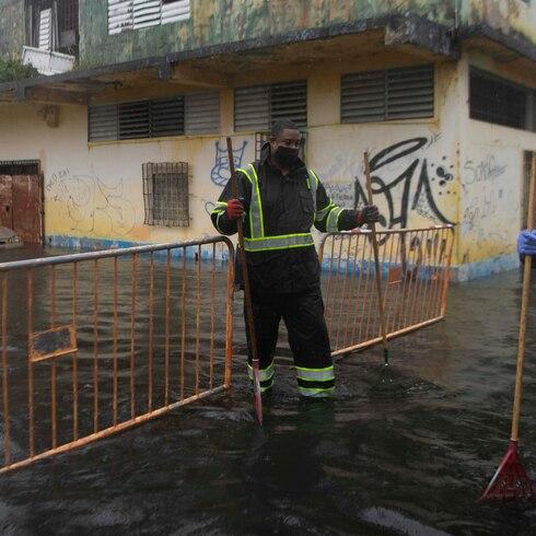 Gran inundación en comunidad del caño Martín Peña