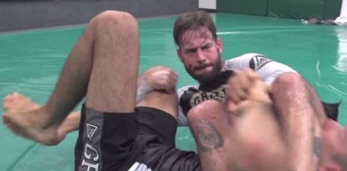 CM Punk tiene planes de combatir en UFC en las 185 libras, aunque no descarta las 170 libras. (YouTube)