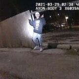Grupos latinos en Chicago piden investigar tiroteo policial que dio muerte a menor de 13 años