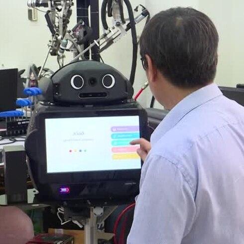 """Tailandia lanza al robot médico """"Ninja"""" para luchar contra el nuevo coronavirus"""