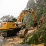 Dos personas muertas y 5 soterradas por un alud en Guatemala