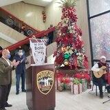 Encendido navideño virtual en la Policía