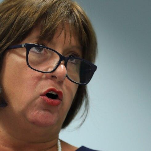 """Natalie Jaresko deja claro que """"haremos cumplir el presupuesto"""""""